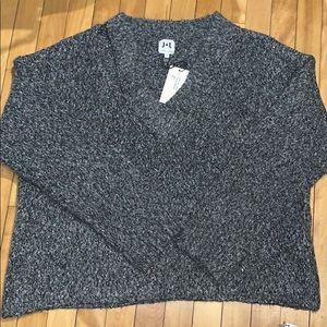 John + Jenn NWT Grey Sweater Size Large